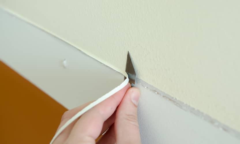 como quitar la silicona de la pared